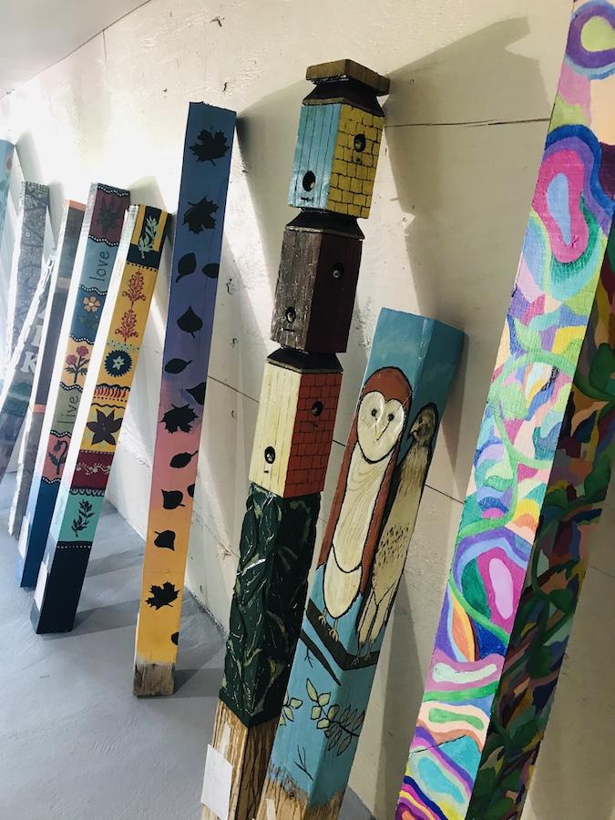 HV Arts Council - ArtSpires - Linda Bradshaw painting the demo spire